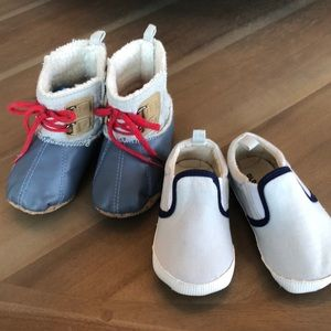 Old Navy bundle of 2 pairs of shoes 18-24 month